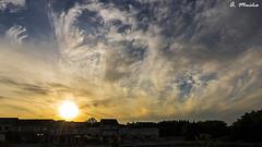Urban Sunset. Puesta de sol urbana (A. Muiña) Tags: paisaje landscape sunset puestadesol color naturaleza nature nikon nikond800 clouds nubes cielo heaven town pueblo