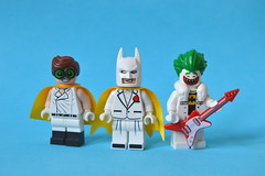 Friends are Family (th_squirrel) Tags: lego dc comics batman movie friendsarefamily robin bruce wayne dick grayson joker minifig minifigs minifigures minifigure