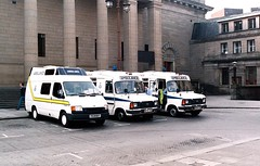 Scottish Ambulance Service - Caird Hall (Dundee City Archives) Tags: ambulances ambulance scottishambulanceservice dundee cairdhall citysquare emergency services blue light paramedic ford transit 1980s b reg 1984 1985