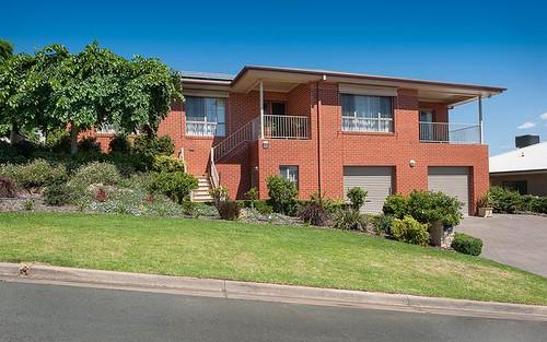 16 Gould Avenue, West Albury NSW