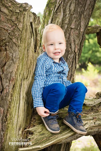 0826 Familieshoot Assen (Voortman Fotografie) WEB-14