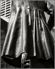 Pick-Pocket  (Abe Lincoln Statue Michigan Ave) (Jeremy Pardoe) Tags: