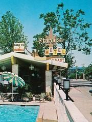 Stardust Motel - Redding, Calif. - Diving Lady close-up (hmdavid) Tags: vintage postcard stardust motel redding california sign diver divinglady