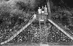 Old picture / Elementary school 1979 JAPAN by mokuu - 島根県邑智郡羽須美村立口羽小学校 / Leica M4 + Summilux 35mm F1.4 / FP C8 07 115.023 / mokuu.cc/2017/08/post-305.html
