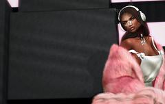 pinkprint (Carley Benazzi) Tags: accessories azoury pink studioexposuremakeup skin shadows ebony urban model mesh makeup lelutka itgirls ison jewelry fur fashion rowne s9 pseudo sanarae sabotagexvivenine vixx events secondlife 2ndlife avatar gacha pocketgacha
