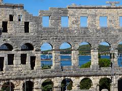 Amphitheater @ Pula #3 (andreasklob) Tags: croatia kroatien pula pola porec vacation urlaub amphitheater sun sunbeam sea blue sky blackandwhite heart iloveporec grafitti old wall building istria istrien