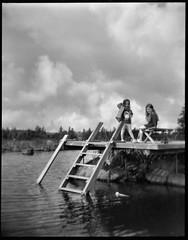 Jetty (Foide) Tags: jetty sky sea holga ladder water girls digitaliza