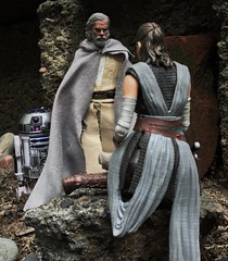 And so it begins Rey on the Jedi path. (chevy2who) Tags: figure action sdcc starwarsblackseries rey jedi last luke toyphotography toy series black wars star