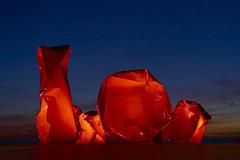 red rocks (Blende1.8) Tags: abstract abstrakt sculpture skulptur skulturen sculptures ostend ostende belgium belgien art artwork coast küste promenade red rot rosso bluehour blauestunde city illuminated illumination rocks felsen carstenheyer sony alpha ilce7m2 a7m2 a7ii orange color colour colourful vivid blue blau zeiss sonnar sonnartfe55mm