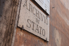 Staatsarchiv in Rom, Italien (marcoverch) Tags: roma lazio italien it noperson keineperson architecture diearchitektur old alt retro ancient wood holz antique antiquität dirty dreckig rusty rostig building gebäude wall mauer outdoors drausen travel reise traditional traditionell abandoned verlassen door durch iron eisen art kunst urban städtisch vintage jahrgang staatsarchiv rom cityscape auto photoshop candid australia india 7dwf halloween newyork usa
