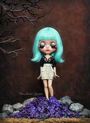 Fallen star (pure_embers) Tags: pure embers blythe doll dolls custom bela bow pureembersjupiter jupiter neo uk laura england girl pretty pureembers photography ufo turquoise hair stock fallen star mint