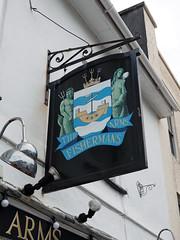 pub sign (chrisinplymouth) Tags: sign pubsign fishermansarms barbican plymouth inn tavern publichouse devon uk cw69x england signboard 2017 city urb plymgrp diagonal