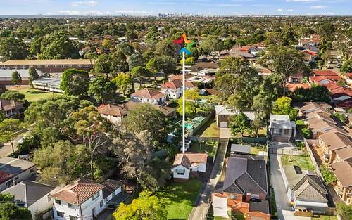 81 Bonds Rd, Peakhurst NSW 2210
