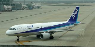 A320 | JA208A | PVG | 20090403