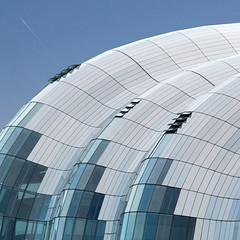 Flyby (Arni J.M.) Tags: architecture building flyby sagegateshead concertvenue lines glass windows curves sky airplane trail fosterpartners newcastle england uk