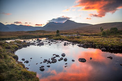 Black Mount sunset (ola_er) Tags: glen coe sunset evening cloud sun landscape highlands scotland dusk