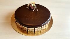 Royal chocolat (Claire Coopmans) Tags: patisserie gateau gâteau mousse mousses choco chocolate chocolat glaçage miroir praliné croustillant amande noisette belgium belgique royal biscuit royalchocolat