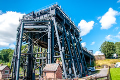 Anderton Boat Lift (Tony Shertila) Tags: 20170804144442 anderton britishwaterways coloneljasaner edwardleaderwilliams edwinclark england northwich weavernavigation andertonboatlift aquaduct barge britain caisson caissonliftlock canal castiron cheshire enginering europe hydralics lift machinery mechanics merseycanal narrowboat nationalheritage outdoor river rivertrent scheduledmonument trentandmerseycanal trentcanal andertonwithmarbury unitedkingdom gbr