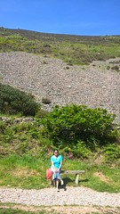 Inspirational photo of a woman on a bench (ShaluSharmaBihar) Tags: women woman indianwoman desi desibhabhi bhabhi india indians moutain moutains sea ocean scenery beautiful motivation motivational inspiration inspirational