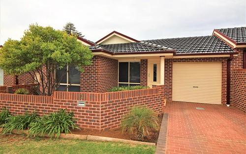 6/8 Collarene Av, Griffith NSW 2680
