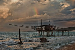 after the storm (Angelo Petrozza) Tags: mare sea storm arcobaleno trabocco trabucco fossacesia abruzzo pentaxk70 clouds nuvole gabbiani seagull angelopetrozza
