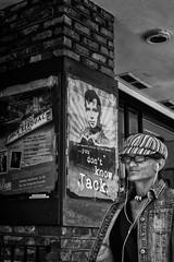 Hey Jack! (guillaumegesret) Tags: sanfrancisco california dream monochrome moment white woman wife work world walk black blanc blackandwhite blackwhite noiretblanc noir nb street streetview streetphotogrpahie streetart structure style scène streetphotography ville view city canon