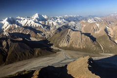 View over the Tien Shan mountains (Joost10000) Tags: mountains range alpine snow ice glacier shan wild wilderness outdoors epic scenic tienshan kyrgyzstan china asia centralasia river valley morning landscape landschaft canon canon5d eos mountain aerialphotography travel summer
