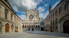 Notre-Dame de Tournai (musette thierry) Tags: cathédrale tournai lieu eglise belgium belgique hainaut musette thierry d600 vue falowme new nikon reflex rosa architecture unesco