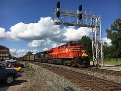 Extra Conductor! (cemsrus) Tags: ns norfolk southern heritage unit marion oh coal train ac tower