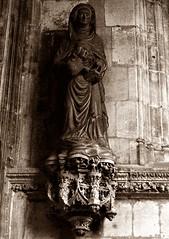 13 - Dieppe - Eglise Saint-Jacques - Statue de Sainte Anne (melina1965) Tags: normandie seinemaritime août august 2017 nikon d80 dieppe sculpture sculptures statue statues sépia sepia église églises church churches