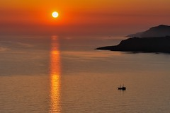 *Aegean sunset* (albert.wirtz) Tags: sunset ägäis aegean aegeansunset mittelmeer greece griechenland santorini santorin kykladen cyclades albertwirtz goldenhour goldenestunde reise urlaub erholung sea ocean holiday refelctions spiegelung megalokhorion egeo megalochori hellas greekislands greeceislands mediterraneanislands mittelmeerinsel catchthesun smileonsaturday