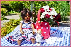 Einen schönen Sonntag ... (Kindergartenkinder) Tags: dolls himstedt annette park blume garten kindergartenkinder essen grugapark personen blumen sommer leleti