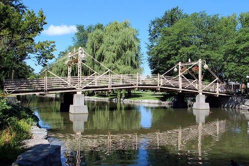 Victoria Park Bridge (Kitchener, Ontario)