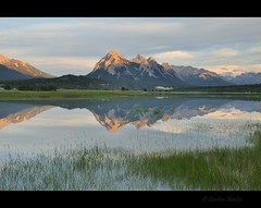 good evening (Gordon Hunter) Tags: late sun glow reflect reflection mirror grass landscape rural country outdoors evening water wilderness rockies rocky mountains ab alberta canada abraham lake summer gordon hunter nikon d5000 august