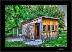 Home of the Chicken (the Gallopping Geezer '5.0' million + views....) Tags: building structure museum display park naturecenter chippewa chippewanaturecenter midland mi michigan historic old canon 24105 geezer 2016