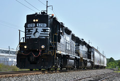 Nathan screamer (Arkangel Productions) Tags: norfolk southern ns tier line h01 high hood gp382 sd402