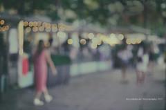 Blur (Graella) Tags: madrid bokeh blur street lights luces people gente vacaciones vacances holidays night noche juegolvm