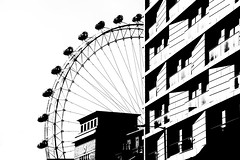 London Eye (essential) (Renato Pizzutti) Tags: londra london londoneye millenium biancoenero essential nikon renatopizzutti angolidiborghiecittàgroup