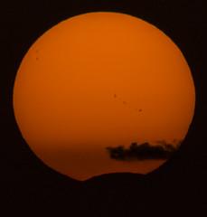 Eclipse and Sunset (Julieta Portel) Tags: eclipse eclipsesolar2017 sol manchasdesol sunspots solareclipse2017 clouds madrid sun