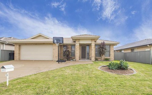 6 Sellers Ave, Rutherford NSW