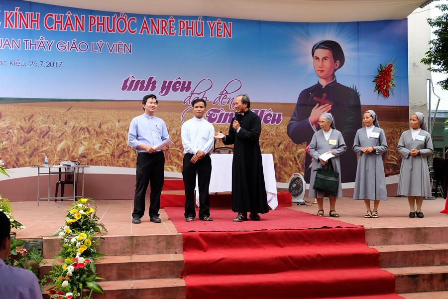 Le Anre Phu Yen va DH Giao Ly 2017-23