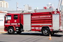 IMG_MF1050 (Max Hendel) Tags: bymaxhendel maxhendelphotography max hendel fotografiastraining fire department bauru sp braziltreinamento do corpo de bombeiros brasilrain square peace brazilfire brazilchuva na praça da paz em brasil