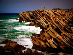 Baleal - Peniche (verridário) Tags: sea ocean water sony mar oceano atlantico atlantique atlantic litoral peniche natura naturaleza rocas lesrochers rocce felsen rocks горныепород mare mér ondas waves océan океан 海 ωκεανό