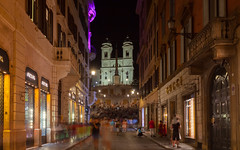 By the calmness of night 借一晚平靜 (kaising_fung) Tags: street church stair crow shops roma italy eternal light tourists