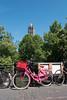Pink bike (swissgoldeneagle) Tags: kirchturm dom fahrrad bridge rx100m4 utrecht bike sonycamera bicycle bruecke rx100 pink brücke niederlande rosa netherlands domtower domtoren sony velo nl