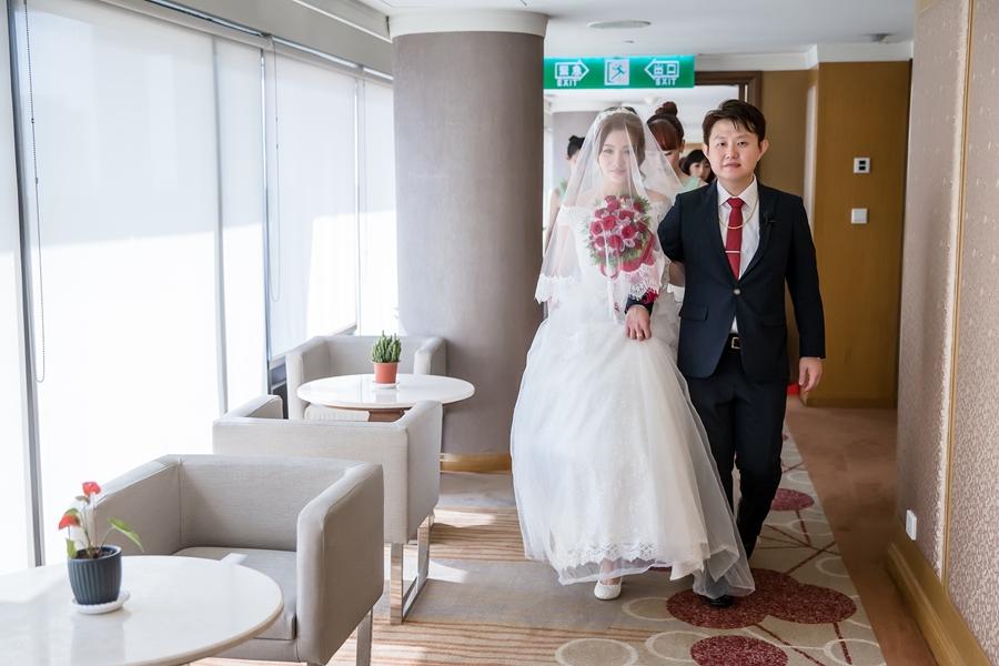 [婚攝] 永雄 & 欣怡 / 台南東東永大幸福館