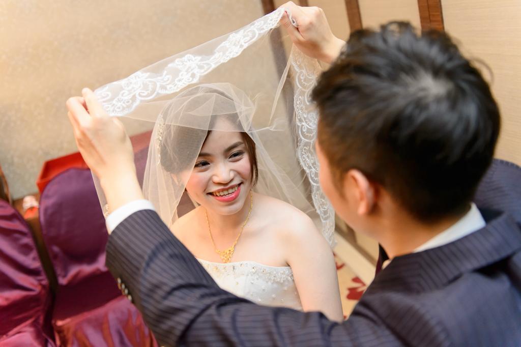 婚攝小勇, 小寶團隊, 台北婚攝, 中崙華漾, 中崙華漾婚宴, 中崙華漾婚攝, vivian, wedding day-031