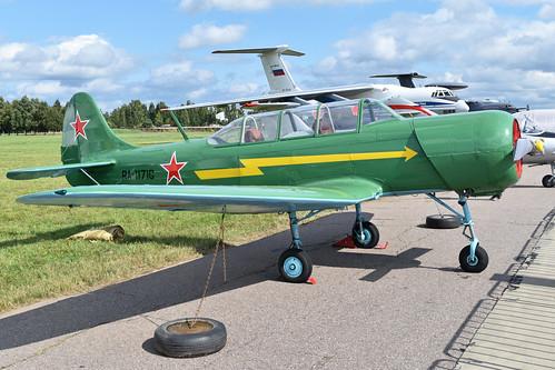 Yakolev Yak-18A 'RA-1171G'
