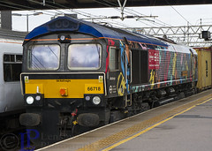 66718 in it's ... erm livery on 4L02 Hams Hall Gbrf to Felixstowe North Gbrf (hetsc68) Tags: 2017 summer railways trains august 05082017 england stratford london class66 66718 gbrf
