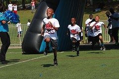 "thomas-davis-defending-dreams-foundation-0095 • <a style=""font-size:0.8em;"" href=""http://www.flickr.com/photos/158886553@N02/36371334733/"" target=""_blank"">View on Flickr</a>"